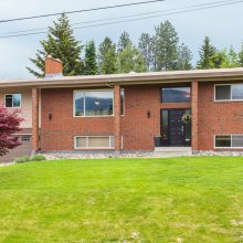 2481 Crestview Road, West Kelowna